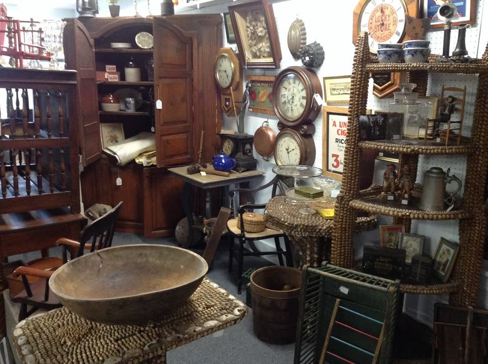 Antique Exchange Interiors - Wyman Park - 3545 Chestnut Avenue