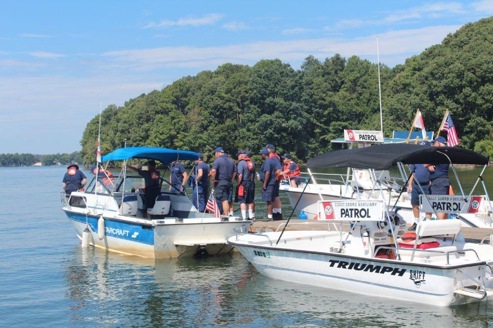 Photo gallery u s coast guard auxiliary flotilla 25 for Lake hartwell fishing hot spots