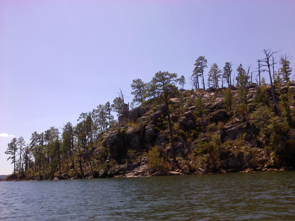 Chimney rock island island at lake hartwell for Lake hartwell fishing hot spots