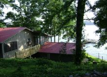 SIMPLY OUTSTANDING LAKE RENTAL